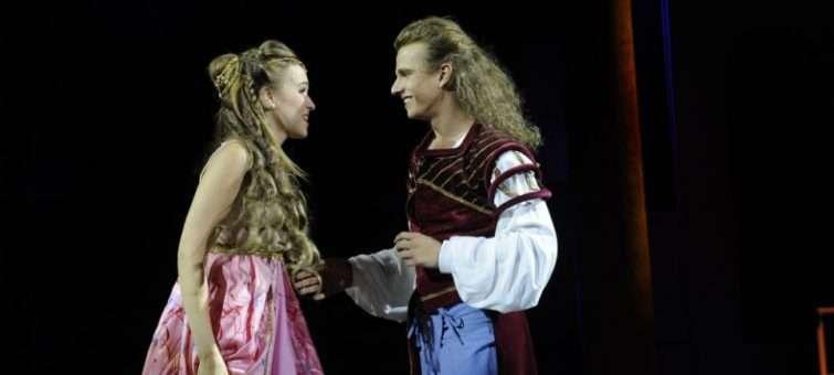 Romeo a Julie: muzikálový skvost Gérarda Presgurvice září v Divadle Hybernia