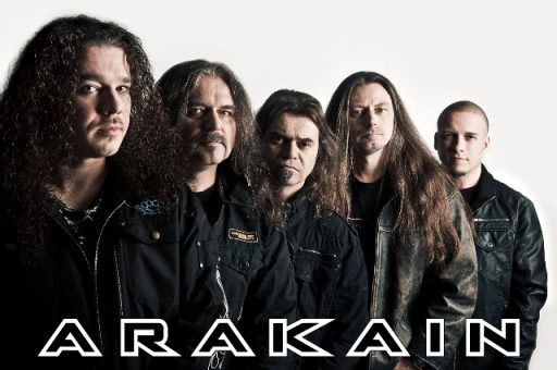 Arakain vydává další DVD a vyráží s ním na turné