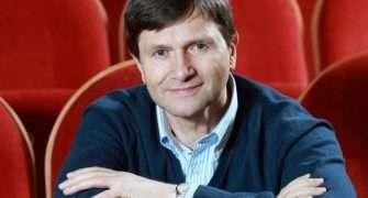 Jan Hrušínský představuje plán nové sezóny Divadla Na Jezerce. Na jaké novinky se můžeme těšit?