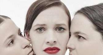 Zločiny.ženy.doc: syrové představení plné černého humoru