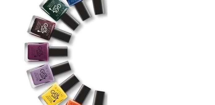 Novinka od Avonu: vykouzlete gelové nehty jako ze salónu v pohodlí vašeho domova