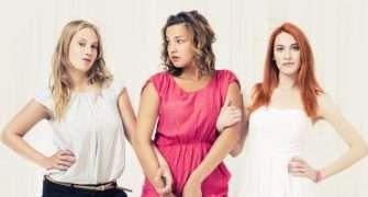 Šťastná: film z divadelního prostředí studentek herectví přijde do kin na podzim