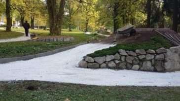 Místo v parku pro hrad Loket