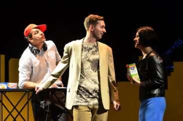 Komorní představení pro tři herce