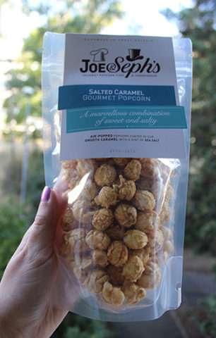Popcorn s příchutí slaný karamel