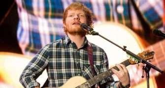 Ed Sheeran bude mít v Praze další koncert.