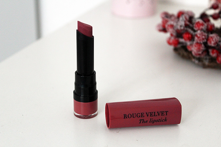 Bourjois Paris Rouge Velvet The Lipstick