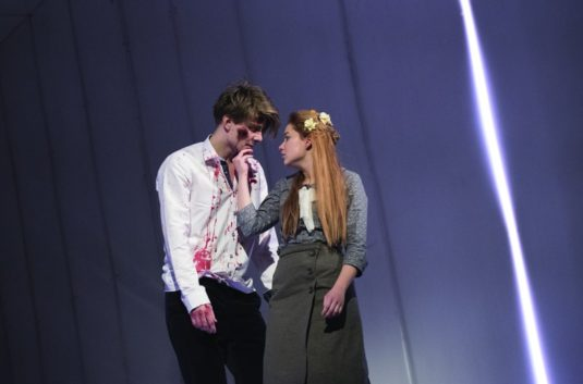 Sabina s Markem Lamborou v představení Ifigenie v Aulidě
