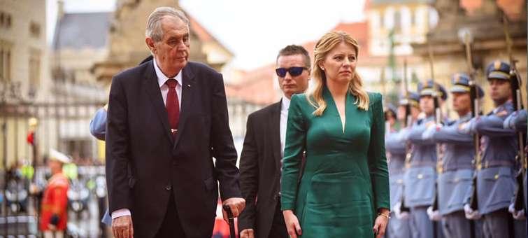 Zuzana Čaputová je v Praze. Přivítal ji Miloš Zeman