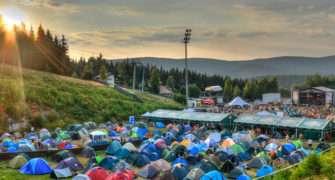 Festival Keltská noc 2019 nabízí nocování v Harrachově i Dymytry