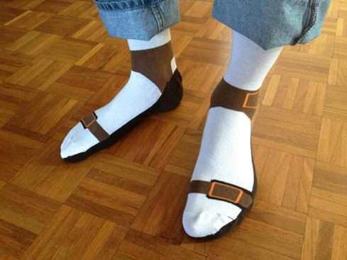 Nový módní hit? Sandálové ponožky!