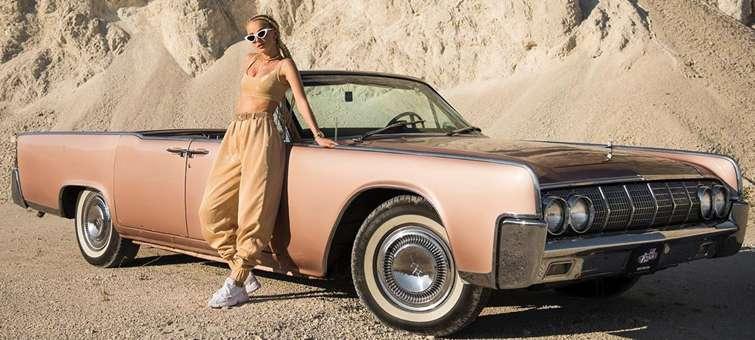 Slovenská zpěvačka SIMA vydala letní skladbu Flirt