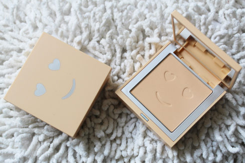 Pudr Hello Happy Velvet Powder Foundation