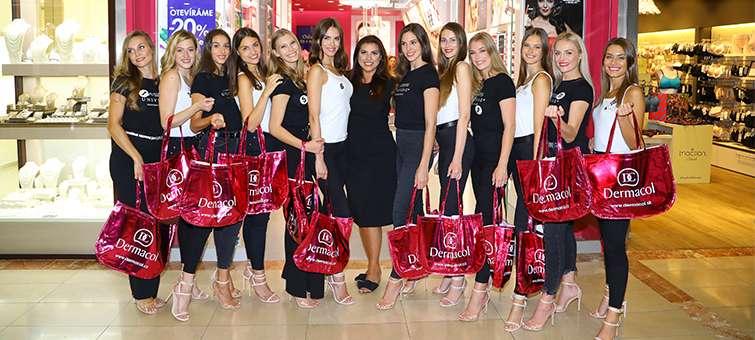 Česko-slovenská Miss 2019 se blíží. Krásky už se stihly vybarvit.