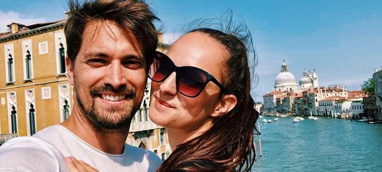 Robert Urban s přítelkyní Andreou